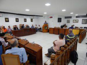 Betão participa de audiência pública em Santos Dumont sobre o valor das passagens do transporte intermunicipal
