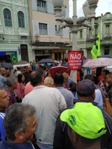 Mandato do Betão leva abaixo-assinado contra a reforma da Previdência para as cidades mineiras; em três dias, foram coletas mais de 600 assinaturas contra a PEC