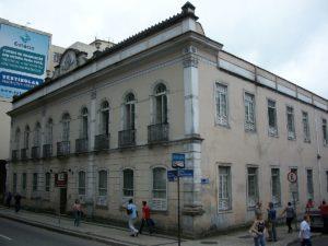 Betão aprova requerimento que exige o início das obras de restauração no prédio da Escola Estadual Delfim Moreira