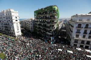Nota contra a prisão da secretária-geral do Partido dos Trabalhadores da Argélia Louisa Hanoune