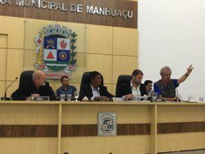 Betão discute a dupla função de motorista em audiência pública em Manhuaçu