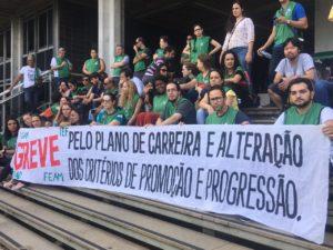 Em greve, servidores do meio ambiente pedem apoio do deputado estadual Betão