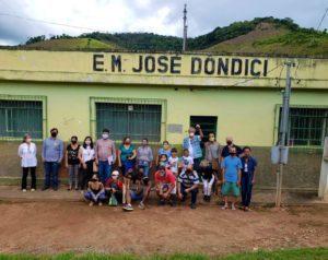 Prestes a ser reaberta, Escola Municipal José Dôndici, na zona rural de Lima Duarte, recebe a visita do deputado Betão